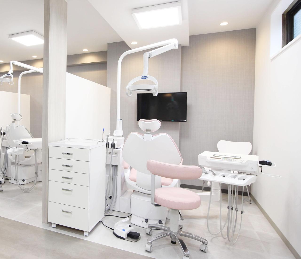 あべ歯科では、患者様一人ひとりのお悩みに親身に寄り添い丁寧な診療を行っています。